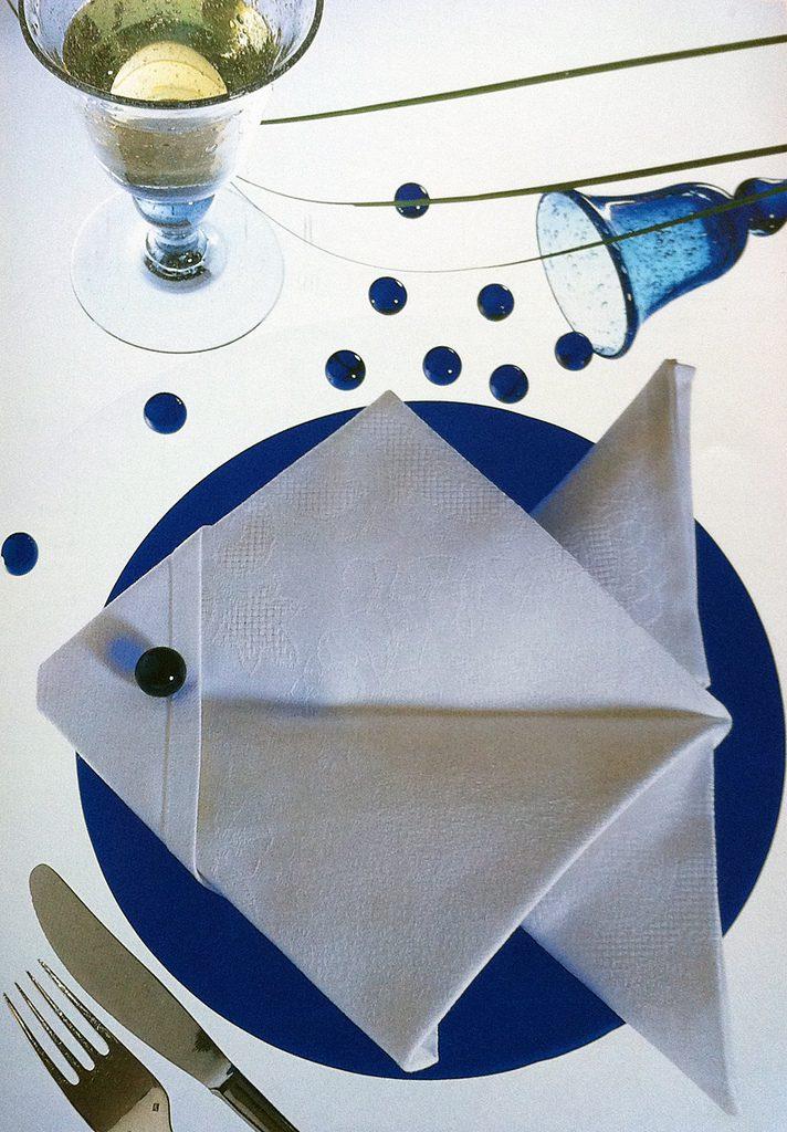 pliages serviettes faciles table fete accueil design et mobilier. Black Bedroom Furniture Sets. Home Design Ideas